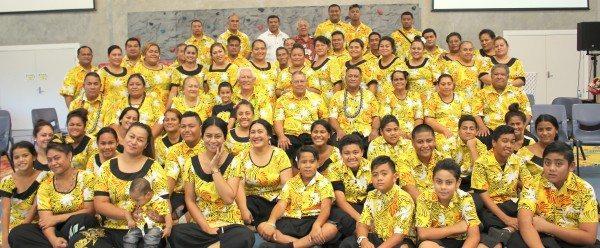 Ps Tae'auga & faletua Sa Frost, Toeaina, faafeagaiga, ma nisi o sui o Ekalesia AOG Church of Samoa in Australia na toe faaali a latou tapenaga sa ave i le fonotele i Sydney