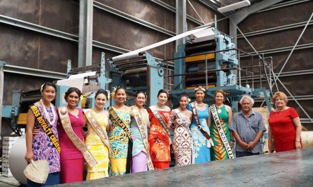 Toavalu tamaitai e sailia ai se Tausala o Samoa