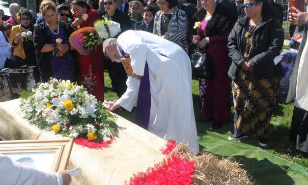E maliu Kirita oloo faatali pea se iuga o lana mataupu ile faamasinoga