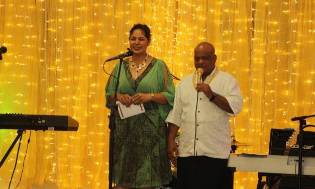 Finau Avele i sona Fale Samoa i totonu ole Laumua