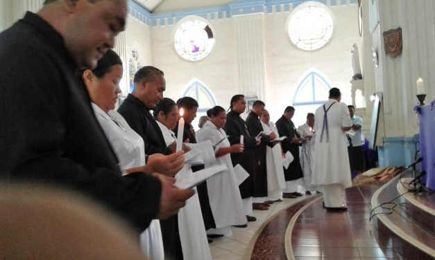Maua uma nuu o Fesoasoani fou ale ekalesia Katoliko