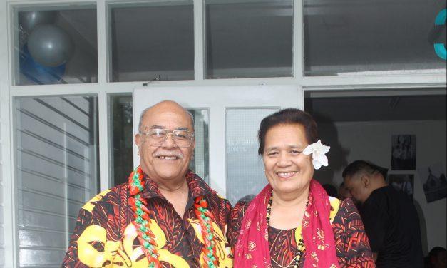 Malolo manumalo Rev Elder Leiite Setefano ma Lealofi mai le galuega faafaifeau