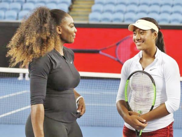 Destanee Aiava ma Serena Williams ile Margaret Court Arena i Melepone - Photo: AP/Mark Baker