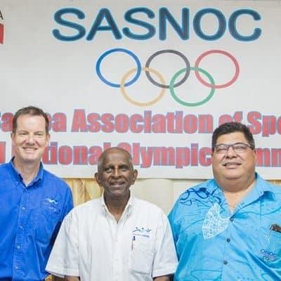 P.G.C. C.E.O. Andrew Minogue, Peresitene, Vidhya Lakhan ma le Peresitene ale S.A.S.N.O.C. Fepuleai Patrick Fepuleai - Photo: Samoa Observer