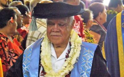 Faaaloalo le Iunivesite a Samoa faailoga  foma'i ole Sui Ao