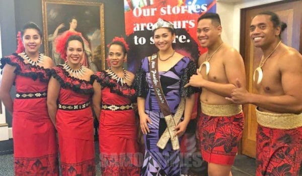 Nisi o aufaafiafia iloga ale  Heilani Polynesian School of Arts, Brisbane Ausetalia ma le Miss Pacific Islands 2018 from American Samoa the beautiful Afioga ia Matauaina Toomalatai @ South Pacific tourism exchange conference 2018 in Adelaide. L to R - Ariana,Valasi,JLo, Miss PI 2018, Lance, Fati, Tamatoa: Photo - Toleafoa Ian Asiata