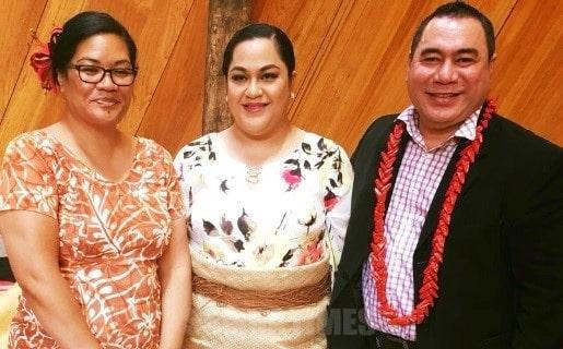 O le tamaitai purinisese Salote i le ogatotonu, ma le taitaifono o le Fono Faufautua a Samoa Alofipo Lio ma le tamaitai ia Rita