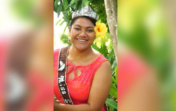 Alexandra Iakopo o loo tauaveina nei le pale o le Miss Samoa