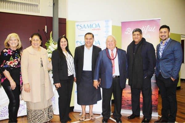 Afioga Minisita o le Samoa Airways, Lautafi Fio Selafi Purcell; CEO o le Samoa Airways, Tupuivao Seiuli Alvin Tuala, Afioga Tuia Paepae Letoa o se tasi o sui auai o le Komiti Faafoe a le Samoa Airways, faapea le Pule Sili o le Malaevaalele i Brisbane ma nisi o le aumalaga mai Samoa