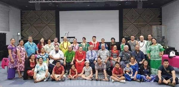 Mafutaga a Alo & Fanau a Vaimoso i Sini Ausetalia ma le Aumalaga mai Samoa, Afioga i le Sea Rev Falo & Maria Valomu'a ma le Tausi Matagaluega Rev Auro & Fa'asu Teve (ogatotonu)