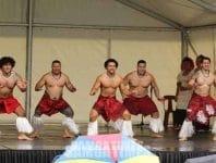 Valaaulia le Tipa Ula  i le Festival a Tahiti
