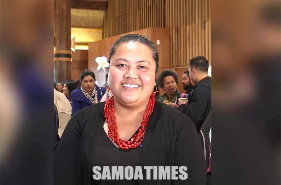 Tofia Sieni Tualega-Voorwinden ma Ofisa Sili fou o le SIFA